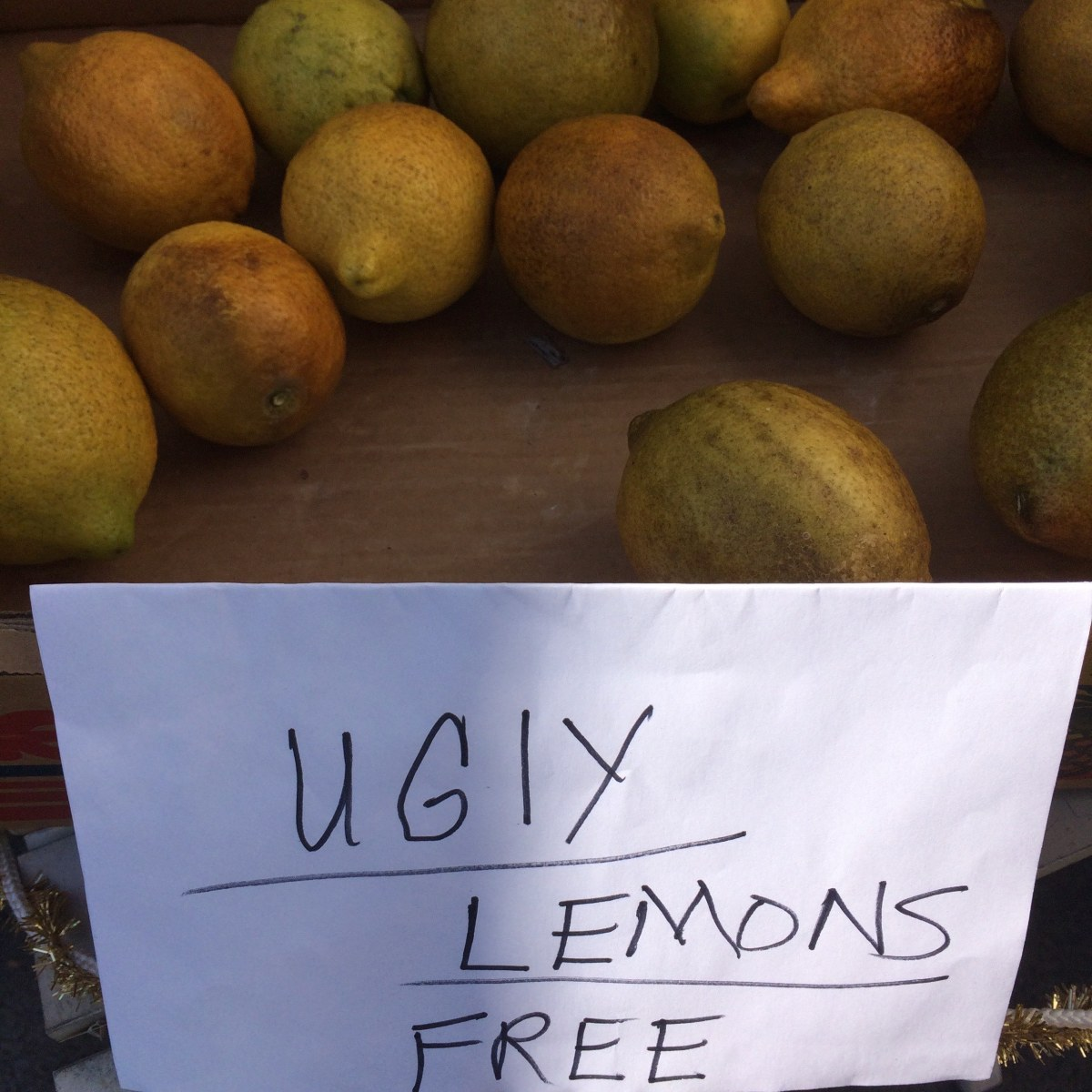 sign - ugly lemons free