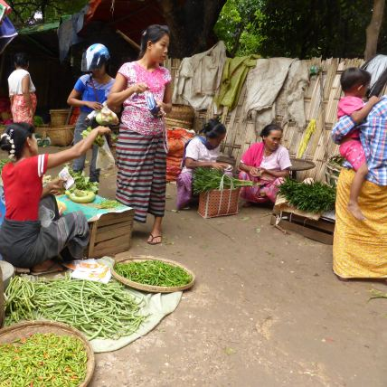 market women and vegetables