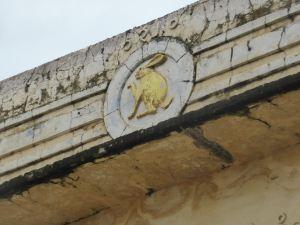 Bagan - Gold rabbit on pagoda