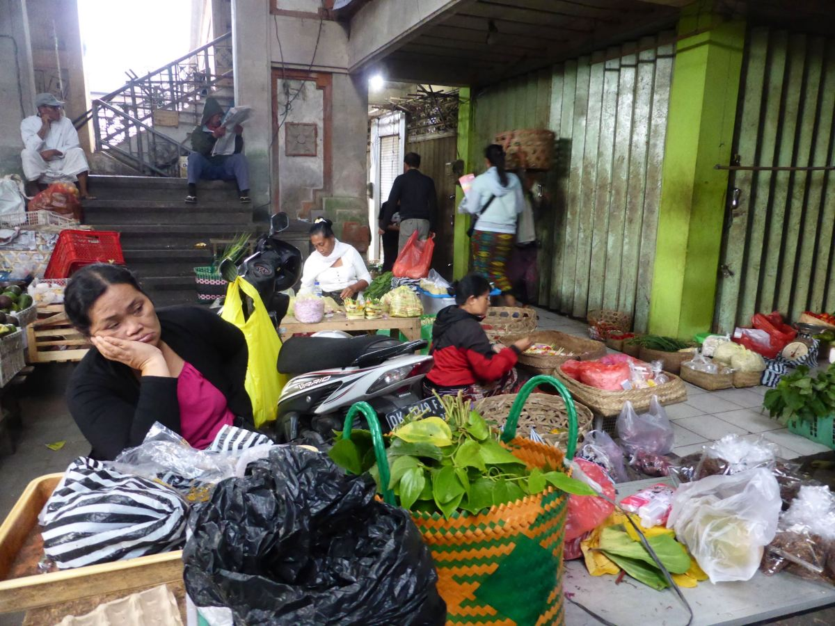 bored market seller