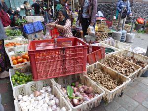 red market basket